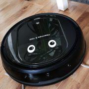 Robotdammsugare med ögon