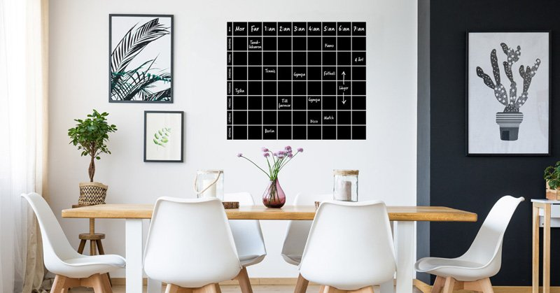På väggen - en planeringstavla för många
