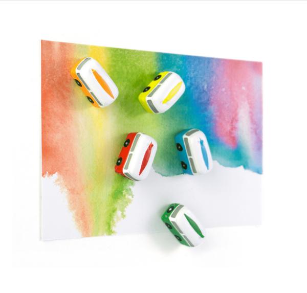 Magnetbussar i fina färger