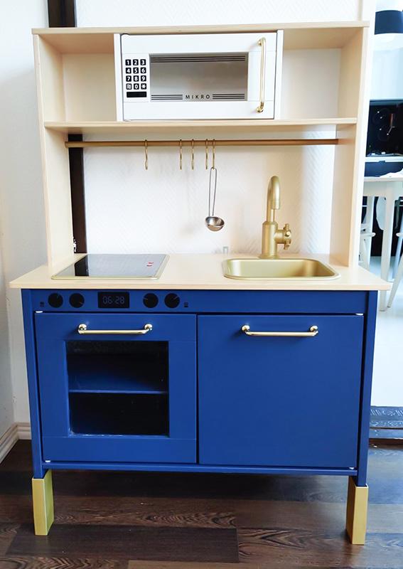 Finfixat kök i blått från Finland