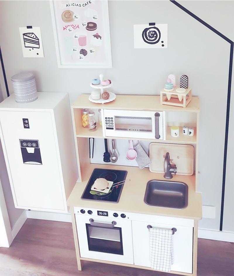 Duktig-kök med kylskåp