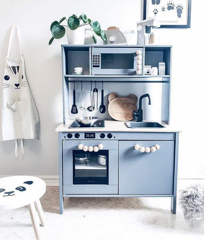 Läckert Duktig-kök i duvblå toner